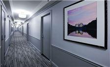 State Plaza Hotel - Hallway