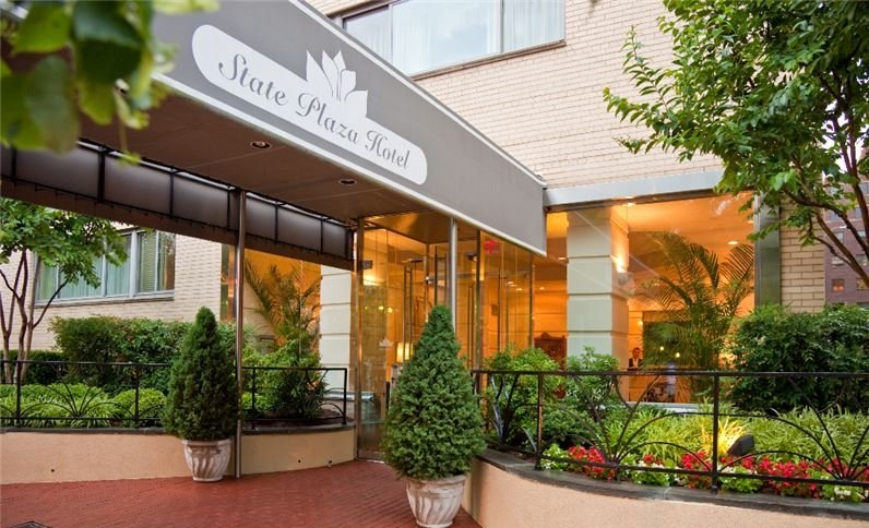 State Plaza Hotel Reviews