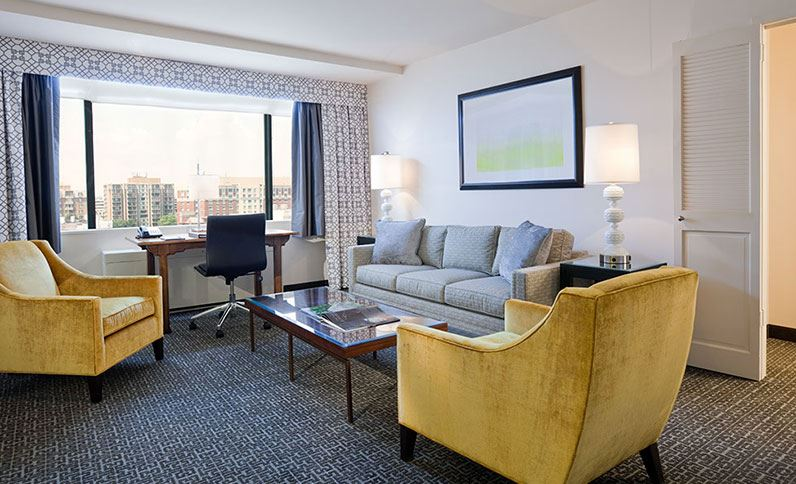 browse our washington dc hotel photos state plaza hotel. Black Bedroom Furniture Sets. Home Design Ideas